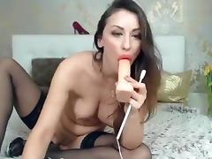 Pretty Vipersexlove sucking rubber penis