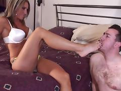 Hot Girl Humiliates a nerdy sub loser