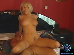 Fetching babe Sandra Iron gets anal pleasured
