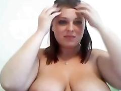 Webcamfun BBW milf shows body
