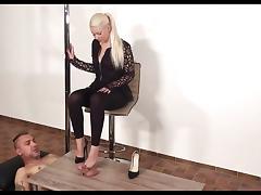 German shoejob heeljob footjob black heels