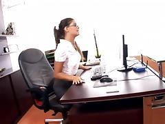 Anal secretary