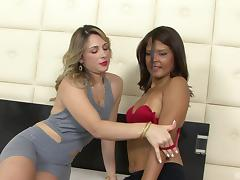 After sport, Sara Lopez and Giuliana Leme are having la lesbian fun