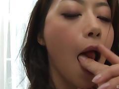 Sayuri Shiraishi's hairy cunt fingered after a hot blowjob session