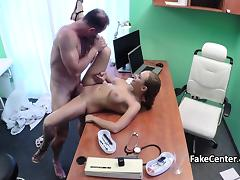 Russian babe jizzed by doctor