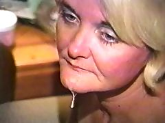 SOMEBODY WHITE GRANDMAMA SUCKING BLACK DICK porn video