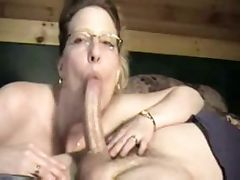 Housewife amazing Blowjob on neighbor porn video