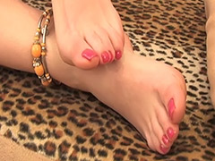 Hairy Pussy and Feet Fetish in this Video Featuring a Hairy Russian Amateur