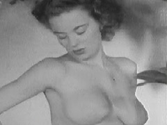 Nude Busty Girl Similar to Marilyn Monroe 1950 porn video
