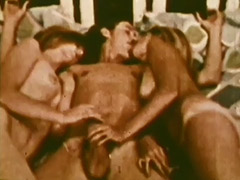 Threesome with Lots of Blowjobs 1960