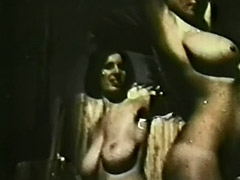 Big Busty Teens Roberta Pedon and Rosalia Strauss 1970 porn video