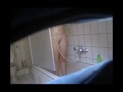 HIDDEN BATHROOM CAM HIDDEN BATHROOM CATCHES A REAL EYE FULLAS MY BLOND girl GOES IN AND TAKES A REAL