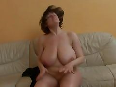 Mature lady with really huge boobs getting fucked porn video