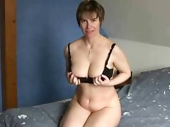 Short haired mature at porn Yeah porn video