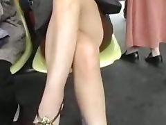 Asian Girlfriend Publicly Fucked on a Train