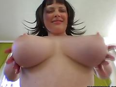 Big ass and huge tits of Vida shake when her fucks