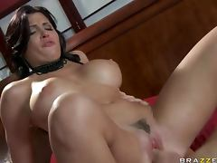 Spanish Pornstar Rebeca Linares Handling a Big Cock With Expertise