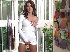 Smoking Hot Babe Evelin Rain Grabs Her Boobs And Rubs Her Clit