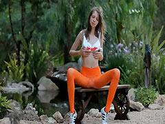 Skinny super teen opening her deep cave