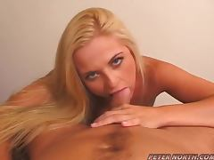 Bobbi Eden drives a guy crazy with a perfect blowjob