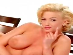 Marilyn Forever Gets Naked Marilyn Monroe Style