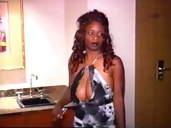 Sexy ebony bitch gets snatch ravaged porn video