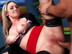 Anal porn with Abbey Brooks the curvy slut porn video