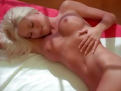 Delicious blond siren Dalene Kurtis wants it on the floor