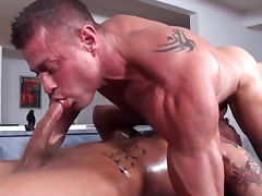 Derek Parker is making massage and fucking with his friend