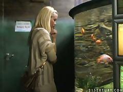 Sophie Moon In the Tropicarium