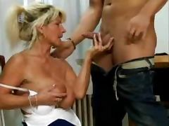 Saggy Mom 4 porn video