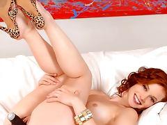 Jane Levy Nude Pics Slideshow