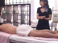 Horny Japanese Masseuse Gives a Very Hot Boob Job