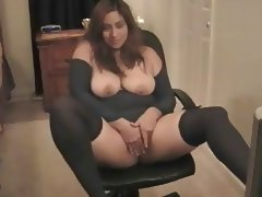 chubby latina in webcam