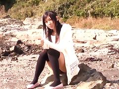Lovely Ogura Nana enjoys a hot doggy style session