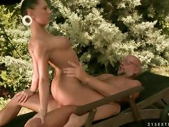 Brunette girl has wild sex with old guy outdoors