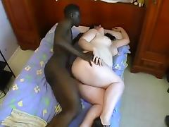 Nice French BBW chick gets fucked in the hotel room