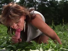 Hardcore Outdoor Fun with a Lustful and Kinky Granny