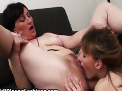 Experienced mature wife gets to fuck porn video