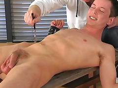 Alex Cumming penetrates asshole of Sebastian Kane