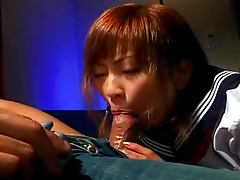 Japanese babe Sayaka Hagiwara makes a pretty blowjob
