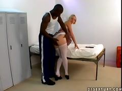 Missy Monroe the cute blonde gets fucked in a locker room