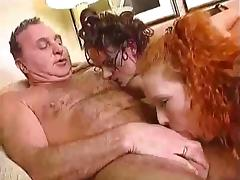 Lucky male with 2 fisting girls