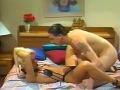 VixXxen T C The Flirt 1995 scene 4