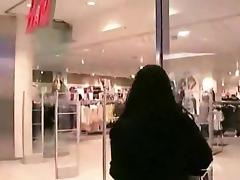 Shopping mall fuck and facial