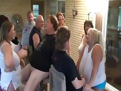 Mature BBW Sluts Sucking Cock in Group Fun