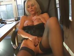 MILF not her Step son Blowjob... IT4REBORN porn video