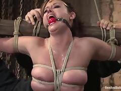 Isis Love and Princess Donna Dolore get captured and fucked by two dudes