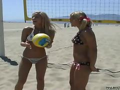 Four Blonde Lesbians Share Toys and Strapon Fuck after Beach Volley