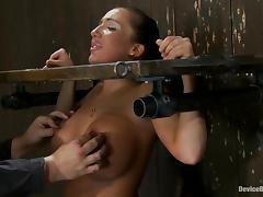 Richelle Ryan gets immobilized and forced to cum in BDSM scene porn video